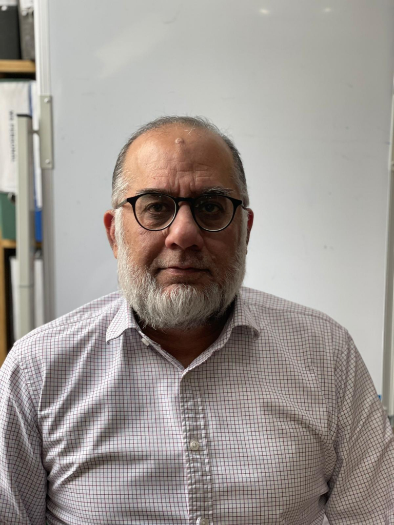 Hanif - Senior Manager